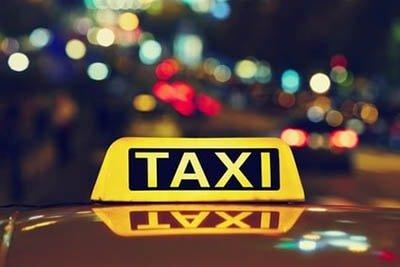 Flughafentaxi-Wien-Taxi-zum-Flughafen